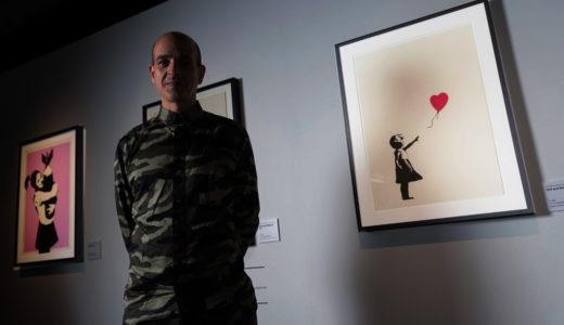 覆面アーティスト・バンクシー本人をとらえた作品集、一部が日本で販売