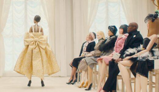 Moschino、人形劇に仕立てた<Moschino Spring Summer 2021 Show>のフル映像を公開